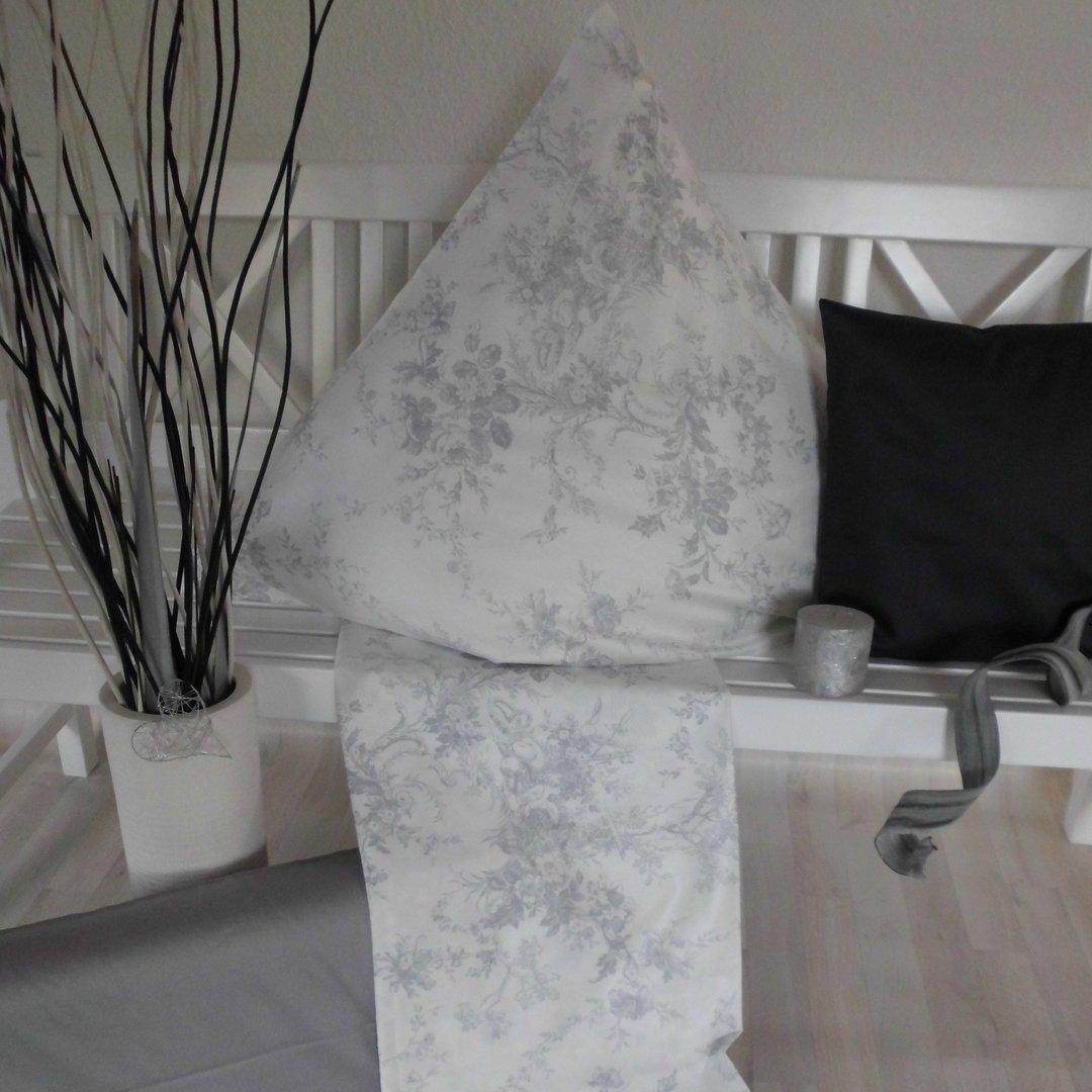 toile de jouy bettw sche silber www wunschbettw. Black Bedroom Furniture Sets. Home Design Ideas