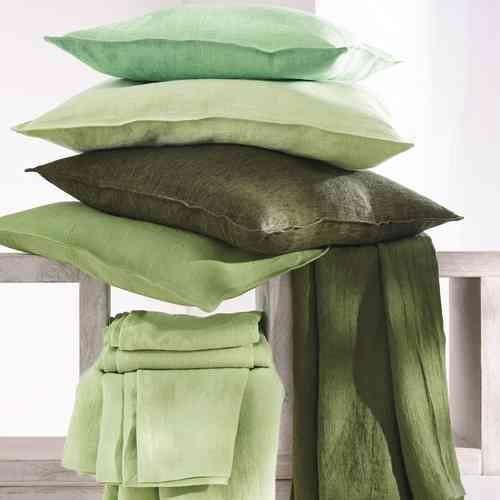 einfarbige kissenh llen finden sie online auf. Black Bedroom Furniture Sets. Home Design Ideas