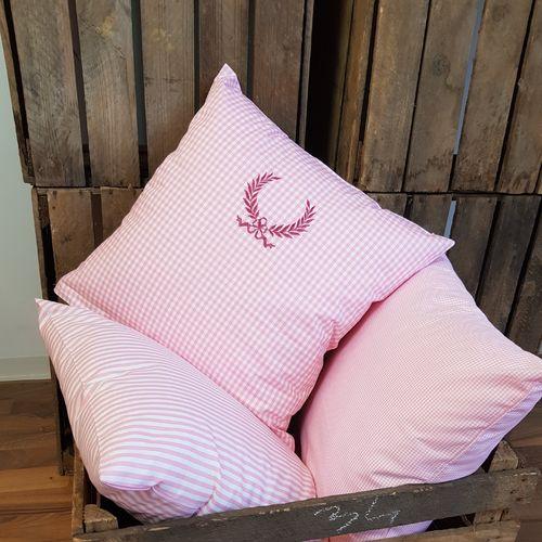 kissenbez ge kissenh llen g nstig beim fachh ndler bestellen. Black Bedroom Furniture Sets. Home Design Ideas